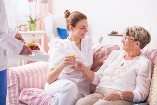 7 Family Caregiving Tips for First-Timers
