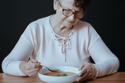 What Makes Seniors Lose Their Appetite?